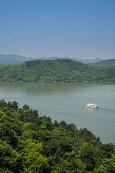 Free From The Top Of The Hill Overlooking The Tianmu Lake Stock Photos - 59746963