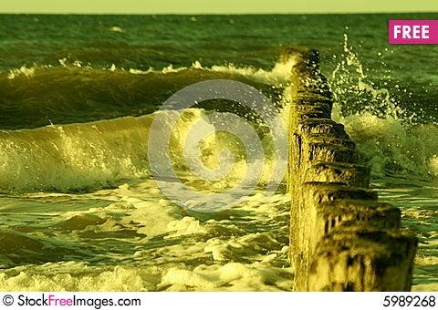 Free Big Splash Royalty Free Stock Photos - 5989268