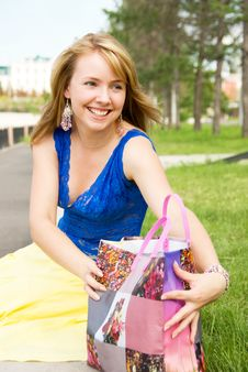 Pretty Girl With A Shopping Bag Stock Photography