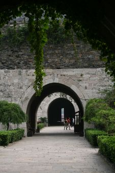 Free Zhonghua   Gate  Of  Nanking Royalty Free Stock Images - 5986089