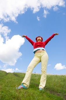 Free Happy Girl On The Hill Royalty Free Stock Images - 5986869