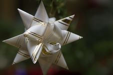 Free Bow On The Christmas Tree Royalty Free Stock Image - 5986886