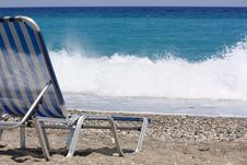 Free Beach Chair And Wave Stock Photography - 5986932