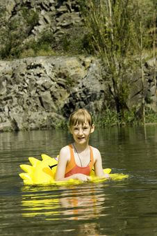 Free Swimming Lessons Royalty Free Stock Image - 5989436