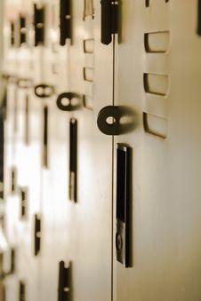 Free School Hallway Locker Shallow DOF Stock Photo - 59877840