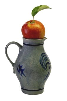 Free Apple In A Jug Royalty Free Stock Image - 5990066