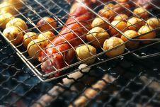 Free Grill With Potatoes And Sausage Stock Photography - 5992852