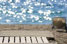 Free Wooden Walkway To A Sand Beach With Sun Beds Stock Photography - 5993822
