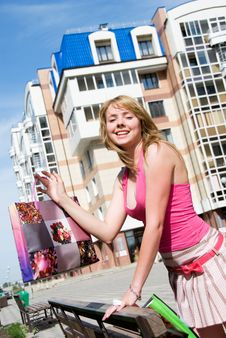 Free Girl With Shopping Bags Royalty Free Stock Photography - 5995957