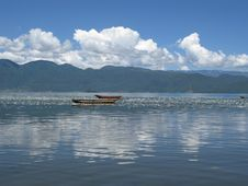 Free Lugu Lake Royalty Free Stock Image - 5998526