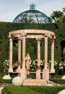 Free Garden Arbour Stock Image - 5999981