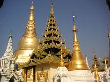 Free Shwedagon Pagoda Royalty Free Stock Photography - 600797