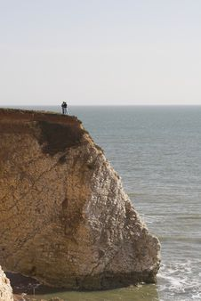 Free Couple Standing On Cliff Edge Stock Photos - 601493