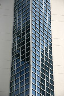 Free Skyscraper Windows Royalty Free Stock Photography - 604237