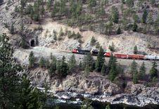 Free Train/tunnel Royalty Free Stock Photo - 609355
