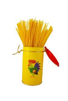Free Long Pasta In A Tin Stock Photos - 6000843