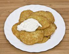 Free Traditional Delicious Potato Pancakes Stock Photography - 6001012