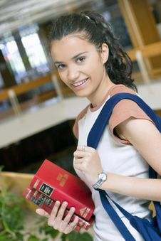 Free Young Beautiful Student In College Royalty Free Stock Photos - 6003298