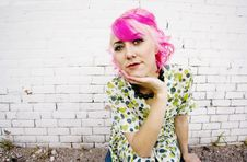 Free Woman With Pink Hair Royalty Free Stock Images - 6004559