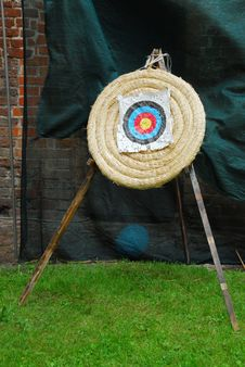 Free Archery Target Royalty Free Stock Images - 6005219