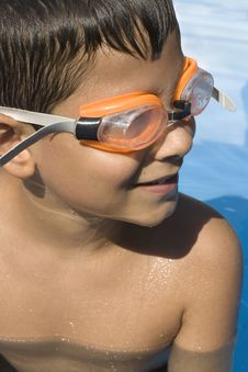 Free Young Boy With Goggles On Royalty Free Stock Photos - 6005968