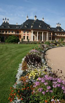 Free Castle Pillnitz Royalty Free Stock Photos - 6006838