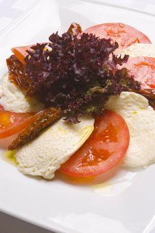 Free Mozzarella With Tomatoes Stock Photography - 6007652