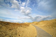 Free Boardwalk In The Dunes Royalty Free Stock Image - 6007726