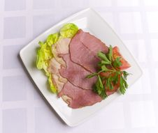 Free Ham Decorated With Salad, Tomato And Parsley Stock Photography - 6007802