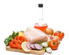 Free Fresh Meat With Vegetables Royalty Free Stock Photos - 6008388