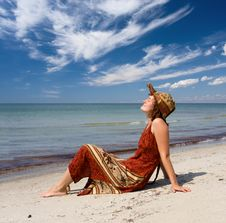 Free Woman Become Sunburnt At Sea Beach Stock Photography - 6008502