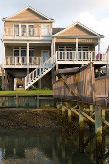 Free Summer House Stock Image - 6009091