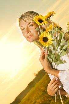 Free Woman With A Sunflowers Royalty Free Stock Photo - 6009945