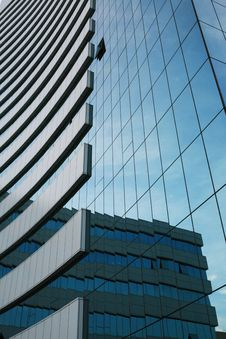 Free Glass Wall Of Business Center Royalty Free Stock Image - 6010526