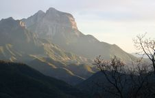 Free Light In Mountains Royalty Free Stock Photography - 6010897