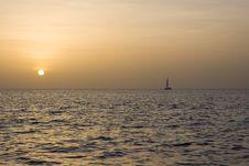 Free Sunset Sailboat Royalty Free Stock Photos - 6011758