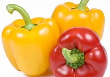 Free Yellow And Red Bell Peppers Royalty Free Stock Images - 6011769