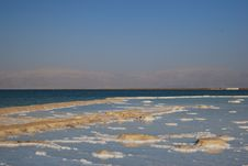 Free Dead Sea Royalty Free Stock Photography - 6013127
