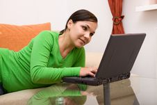 Free Woman With Laptop Stock Photography - 6014262