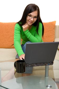 Free Woman With Laptop Stock Photos - 6014543