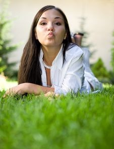 Free Relaxing Woman Royalty Free Stock Photography - 6014647