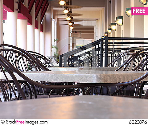 Free Empty Tables Royalty Free Stock Image - 6023876