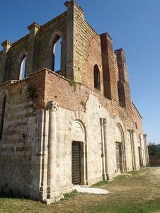 Free Landscape Of San Galgano Abbey Stock Image - 6022911