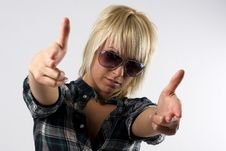 Free Young Stylish Girl Doing Fake Guns With Her Hands Royalty Free Stock Image - 6023746