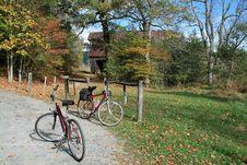 Free Biking Royalty Free Stock Photo - 6023865