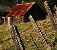 Free Red Tin Roof Farmhouse Stock Photos - 6024483