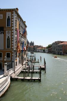 Free Grand Canal In Venice Royalty Free Stock Images - 6025499