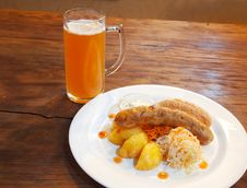 Free Sausages With Vegetables And Mug With Beer Stock Photo - 60289700