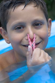 Free Young Boy In Pool Stock Photo - 6031250