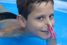 Free Young Boy In Pool Royalty Free Stock Images - 6031939